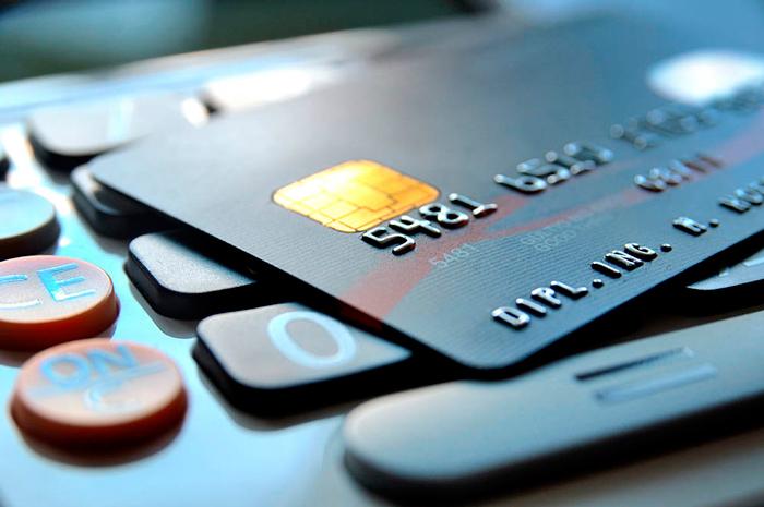 Как правильно пользоваться кредиткой