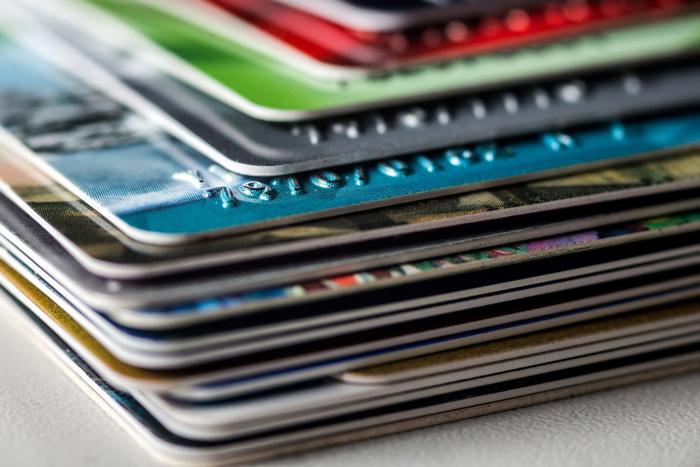 Стоимость перевыпуска карт Сбербанка