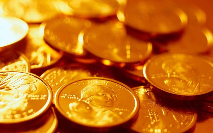 Плюсы монет из золота